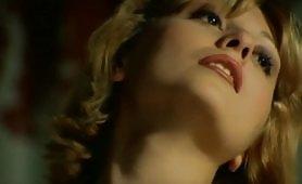 Carla Spessato - Biondina nuda per un uomo maturo