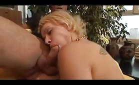 Il bel provino porno della calda ungherese Naomi Curtis
