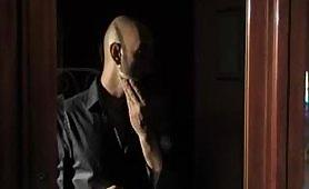 Triangolo No - film porno italiano completo con tante belle inculate