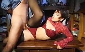 La sexy Sheila Stone si lascia inculare selvaggiamente