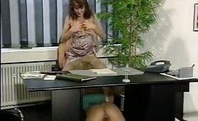 Orgia porno vintage in ufficio