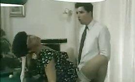 Una calda scena porno vintage con la sexy Eva Orlowsky