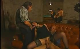Calda scena porno vintage italiano con Silvio Evangelista
