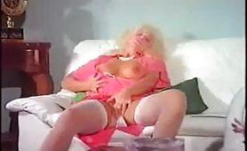 La Zia in Calore - scena porno vintage