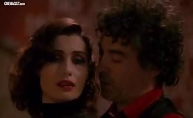 Claudia Koll,  scena hot dal film  Cosi fan tutte