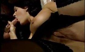 Eccitante scena porno ripresa dal film Incesto con Monica Roccaforte e Francesco Malcom