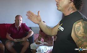 Grande ammucchiata italiana con maiale che godono in scopate amatoriale