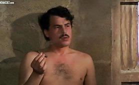 Scena porno vintage ripresa dal film italiano Mio Dio, come sono caduta in basso!